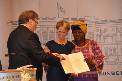 Waldfriede Hospital receives national award for its work to support victims of female genital mutilation