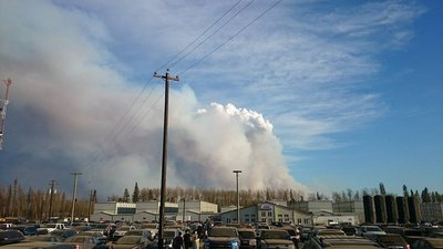 Wildfires lead to evacuation of 88,000 in Alberta Canada